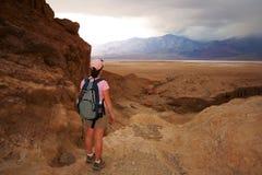 Tempesta d'avvicinamento che cade in Death Valley Fotografia Stock Libera da Diritti