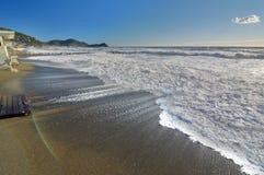 Tempesta del mare di inverno Lavagna La Liguria L'Italia Immagini Stock