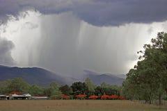 Tempesta di pioggia di stagione delle pioggie Immagine Stock Libera da Diritti