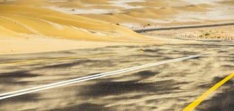 Tempesta di sabbia in un deserto fotografie stock