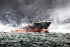 Tempesta in mare Immagini Stock