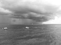tempesta Sguardo artistico in bianco e nero Immagine Stock