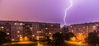 Tempesta sopra la città Immagini Stock