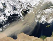Tempestad de arena épica sobre El Cairo y Oriente Medio foto de archivo