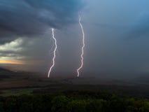 Tempestad de truenos con los relámpagos Fotografía de archivo libre de regalías