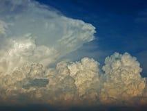 Tempestad de truenos a continuación Imagen de archivo libre de regalías