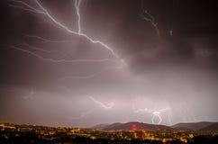 Tempestad de truenos del verano en la noche Imágenes de archivo libres de regalías