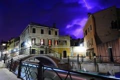Tempestad de truenos pesada en Venecia Foto de archivo libre de regalías