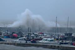A tempestade Callum bate Dorset imagem de stock