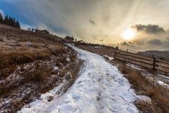 Tempestade da neve do esclarecimento em Rocky Mountains Fotografia de Stock Royalty Free