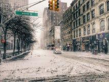 Tempestade da neve em New York City imagem de stock