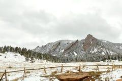 Tempestade da neve da mola no parque de Chautauqua foto de stock royalty free
