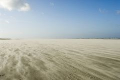 Tempestade de areia na praia de Schiermonnikoog Imagens de Stock Royalty Free