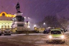 Tempestade de neve em Sófia do centro, Bulgária, Europa fotos de stock
