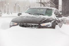 Tempestade de neve na cidade imagens de stock royalty free