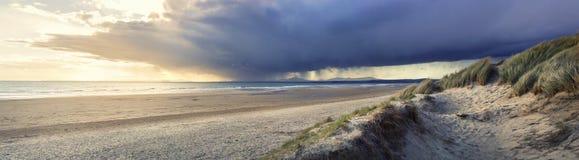 Tempestade distante Imagens de Stock Royalty Free