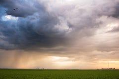 Tempestade do amanhecer no nascer do sol Fotos de Stock Royalty Free