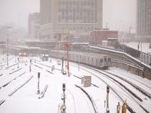 A tempestade do inverno bate Toronto imagens de stock royalty free