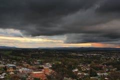 Tempestade do Supercell sobre a cidade de país de Cowra Fotografia de Stock Royalty Free