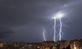 Tempestade grande do relâmpago em Granollers fotografia de stock
