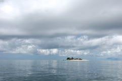 Tempestade pequena da ilha fotografia de stock