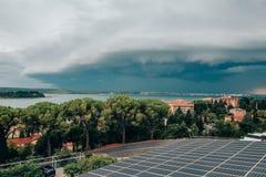 Tempestoso si rannuvola Portoroz al mare adriatico Fotografia Stock Libera da Diritti