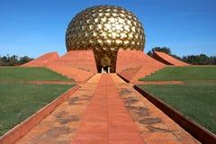 Tempiale in Auroville, India Fotografie Stock Libere da Diritti