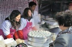 Tempiale cinese di nuovo anno giusto a wuhan Fotografie Stock Libere da Diritti