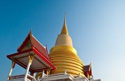 Tempiale dell'oro in Tailandia. Immagine Stock