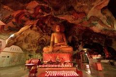 Tempiale della caverna delle tenaglie di Perak Fotografia Stock