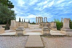 Tempiale dello Zeus di olimpionico Immagini Stock Libere da Diritti