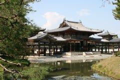 Tempiale di Byodoin in Uji, vicino a Kyoto nel Giappone Immagini Stock Libere da Diritti
