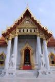 Tempiale di marmo buddista tailandese fotografia stock