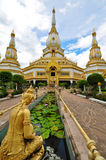 Tempiale di Phra Mahachedi Chai Mongkhon Immagine Stock