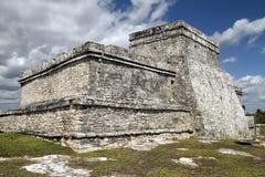 Tempiale di pietra a Tulum Immagine Stock