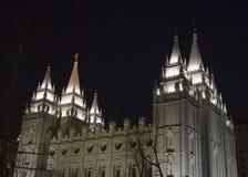 Tempiale di Salt Lake dal nord-ovest alla notte Fotografia Stock
