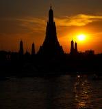Tempiale di Wat Arun a Bangkok Tailandia immagine stock