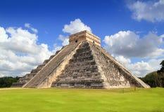 Tempiale Mayan antico Messico della piramide di Chichen Itza Fotografie Stock