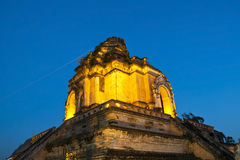 Tempiale meraviglioso di Wat Chedi Luang del Pagoda Immagine Stock