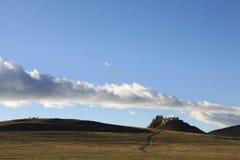 Tempiale sotto la nube fotografia stock libera da diritti