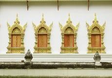 Tempiale tailandese tradizionale della finestra di stile Fotografie Stock Libere da Diritti