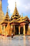 Tempie del complesso della pagoda di Shwedagon, Rangoon, Myanmar Immagini Stock Libere da Diritti