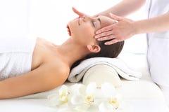 Tempie di massaggio Fotografia Stock