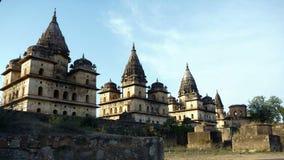 Tempie di Orchha Chhatris, India Fotografie Stock Libere da Diritti