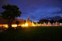 tempio ฺBeautiful alla notte & al dok ChiangMai di WatSuan Fotografie Stock Libere da Diritti