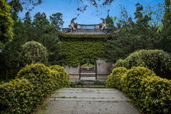 Tempio ad ovest Yue Wang del lago hangzhou Immagine Stock