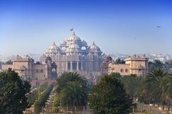 Tempio Akshardham nel giorno soleggiato, Delhi, India Fotografia Stock Libera da Diritti