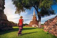Tempio antico vicino turistico in Tailandia immagini stock
