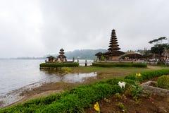 Tempio Bali dell'acqua di Pura Ulun Danu Fotografia Stock Libera da Diritti