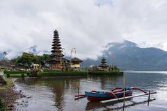 Tempio beratan di danu del ulun di Pura bali l'indonesia Fotografia Stock